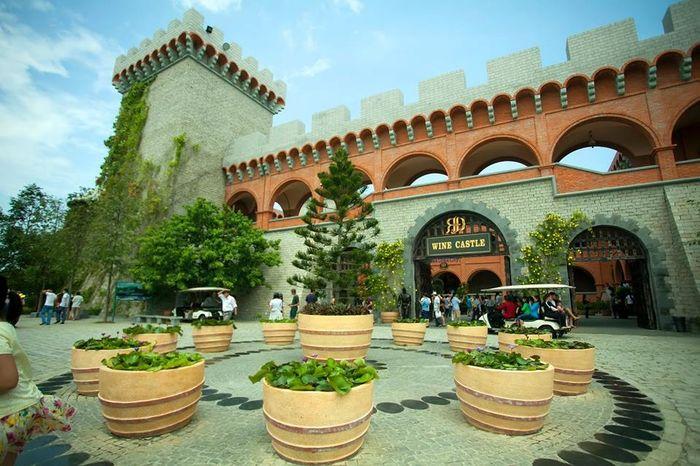 lau-dai-ruou-vang-wine-castle-mui-ne-bazan-travel