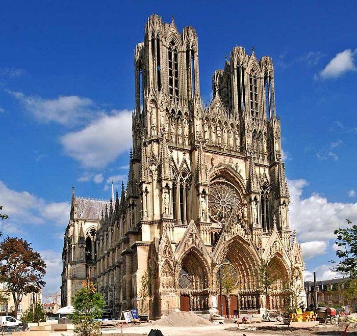 Image result for Nhà thờ Đức Bà Paris