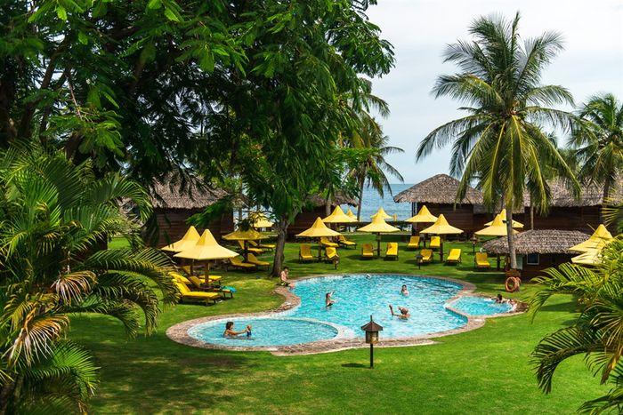 coco-beach-resort-2