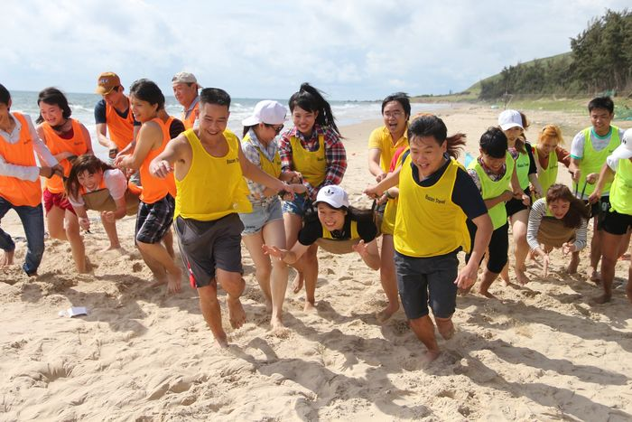 y-tuong-to-chuc-tour-team-building-phan-thiet-mui-ne4