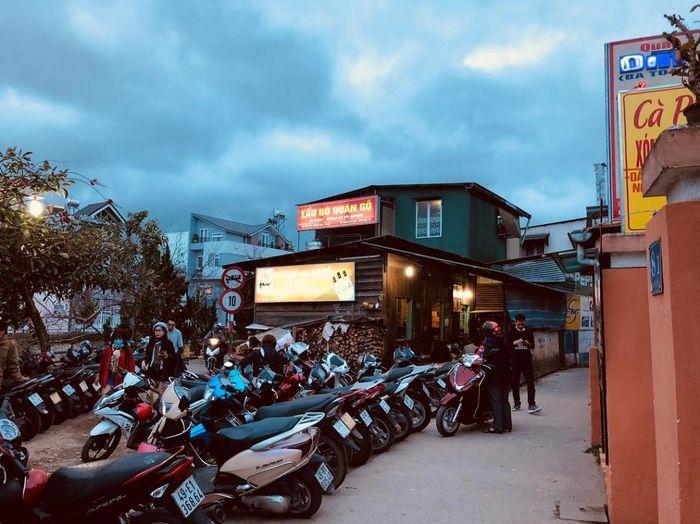 Lẩu bò Ba Toa quán Gỗ gần đường 3 tháng 2 Đà Lạt