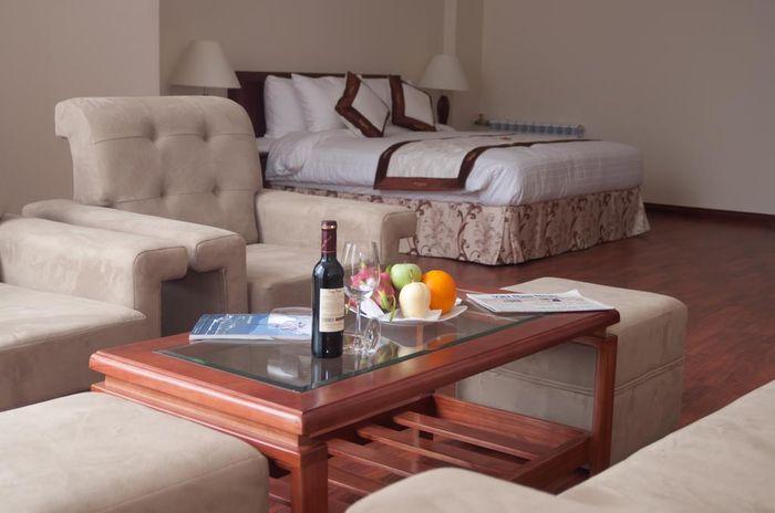 river-prince-hotel-phong-khach