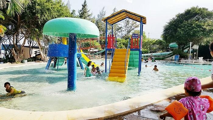 zenna-pool-camp-cam-trai-o-vung-tau-2