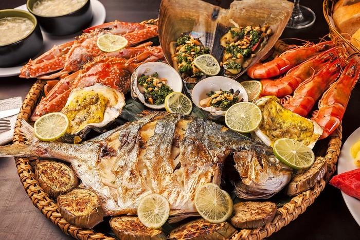 """Ăn hải sản Nha Trang: chi tiết 12 quán hải sản ngon """"quên lối về"""""""