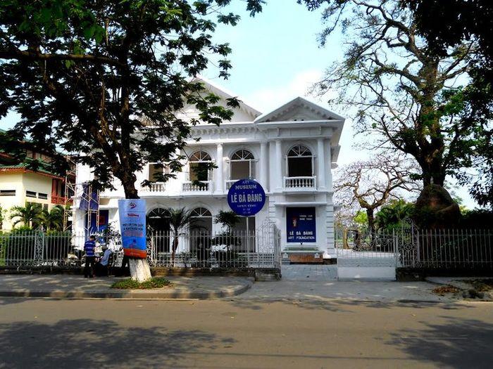 le-ba-dang-art-museum-hue-bao-tang