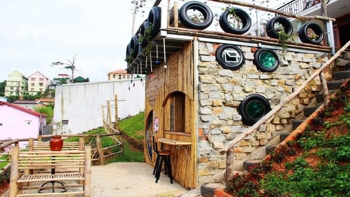 hobbit-hotel