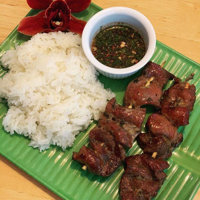 moo-ping-thai-lan3