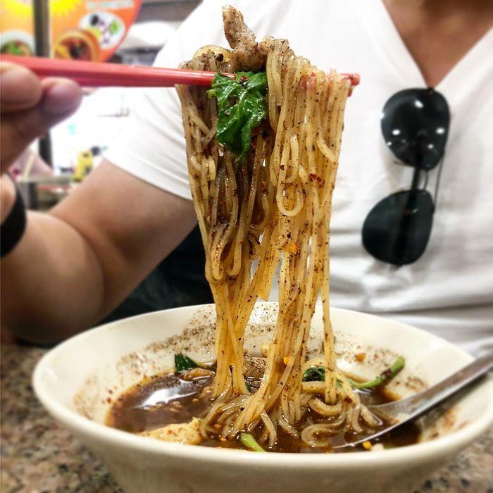 boat-noodle-thai-lan2