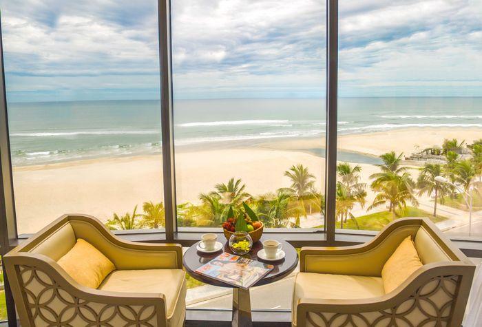 holiday-beach-da-nang-hotel-4
