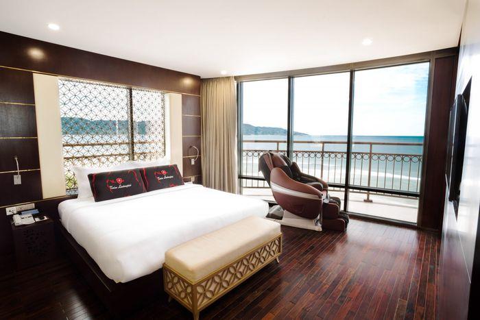 holiday-beach-da-nang-hotel-3