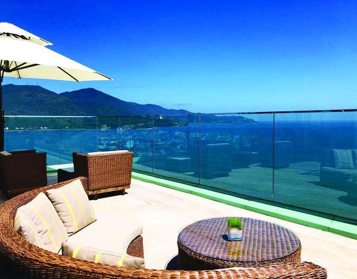 fusion-suites-danang-beach-1