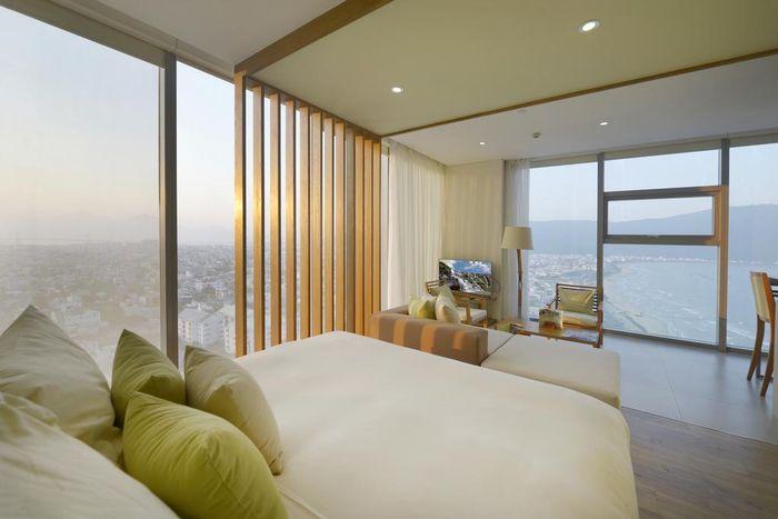fusion-suites-danang-beach