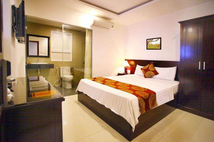 khach-san-2-sao-nha-trang-azura-hotel