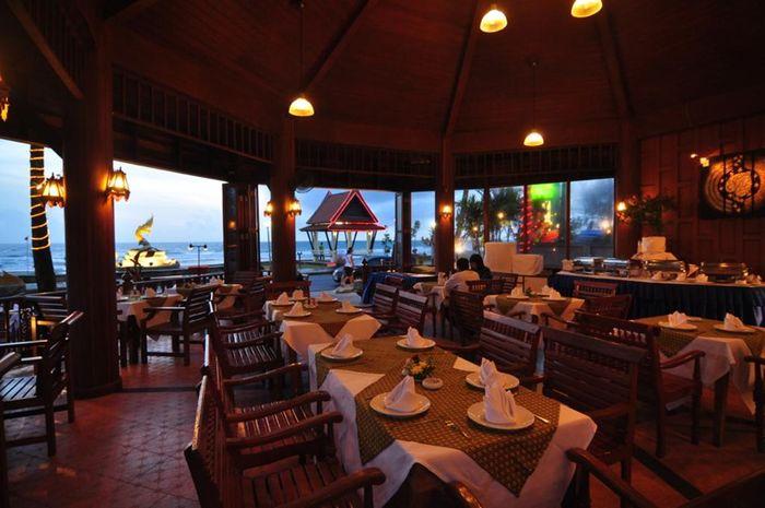 nha-hang-resort-phuket