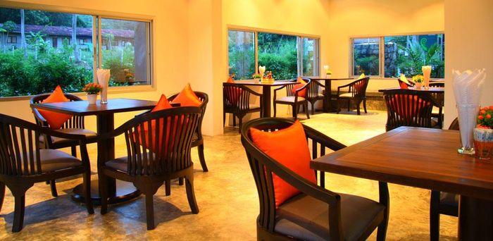 nha-hang-o-resort-phuket