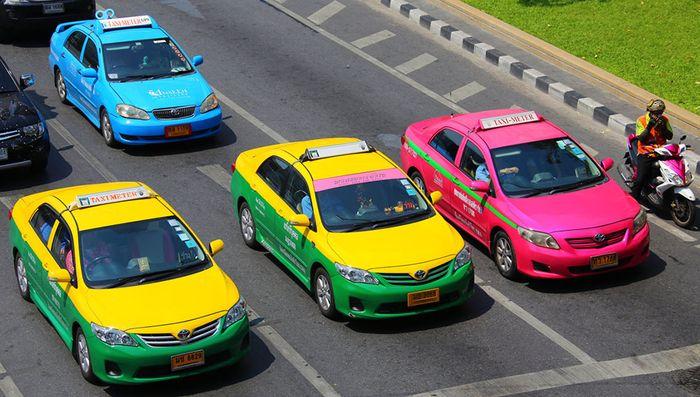 xe-taxi-thai-lan