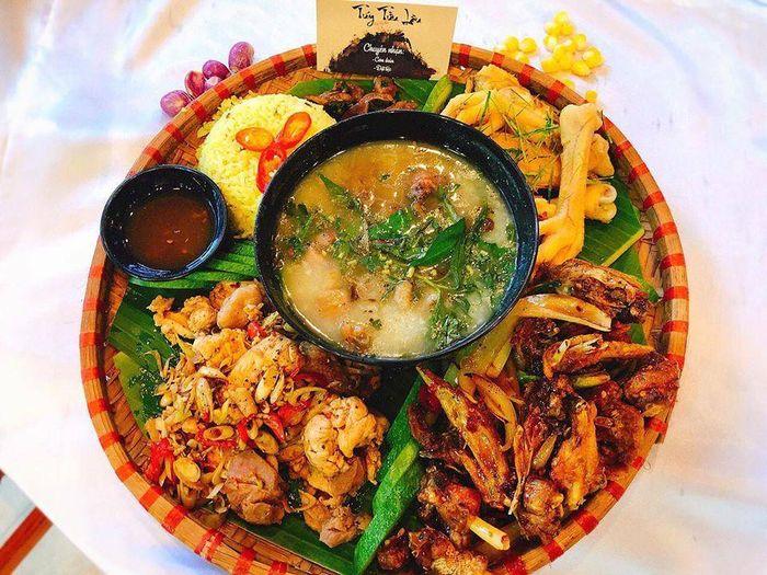 Không chỉ có hình thức mà hương vị đồ ăn ở Tuý Tửu Lầu cũng cực kỳ ngon