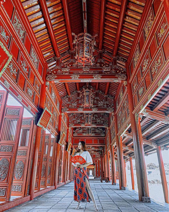 tham-quan-cung-dien-hue
