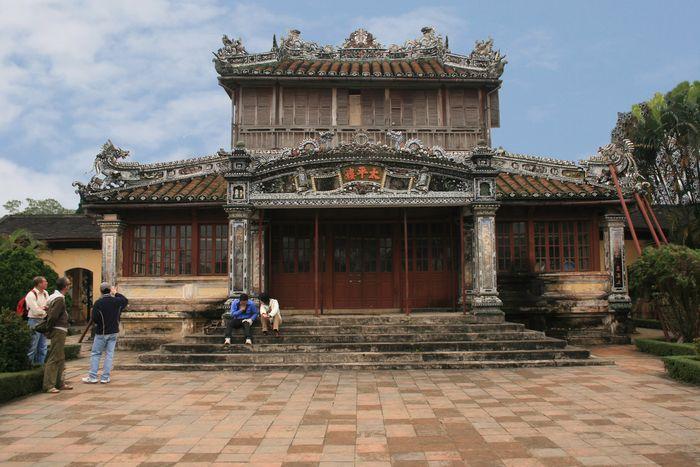 thai-binh-lau-hue