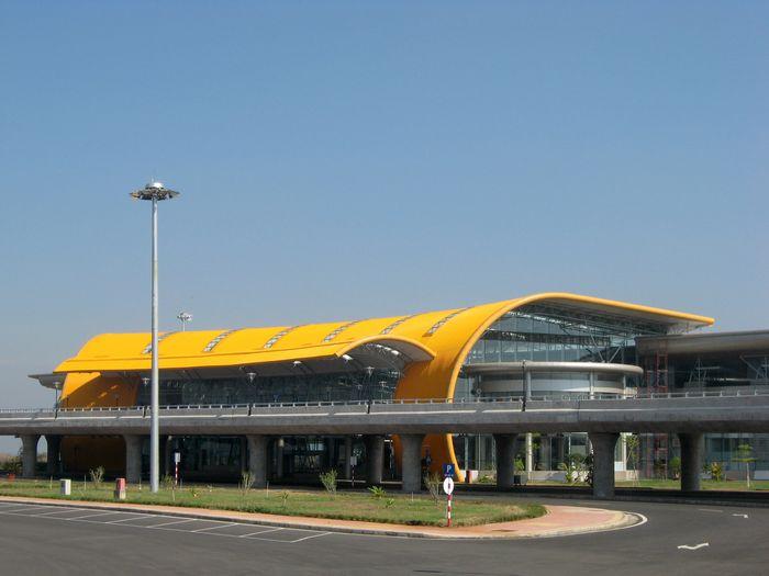 lien_khuong_airport_01