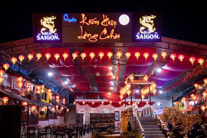 Không gian quán Kiếm Hiệp Làng Chài - quán ăn ngon ở Đà Lạt