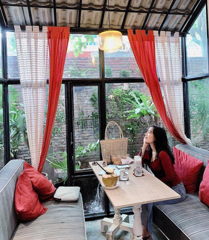 khung-canh-mar-rojo-cafe-da-nang