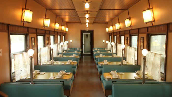 nha-hang-the-train-inn-shanghai
