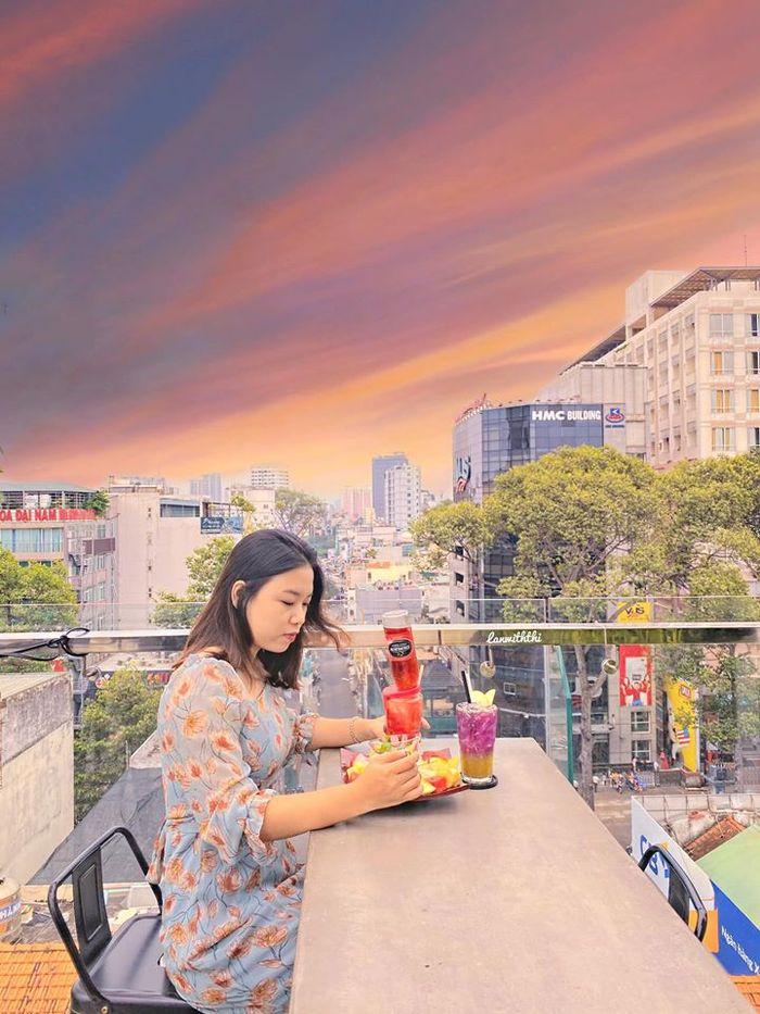rooftop-view-quan-3