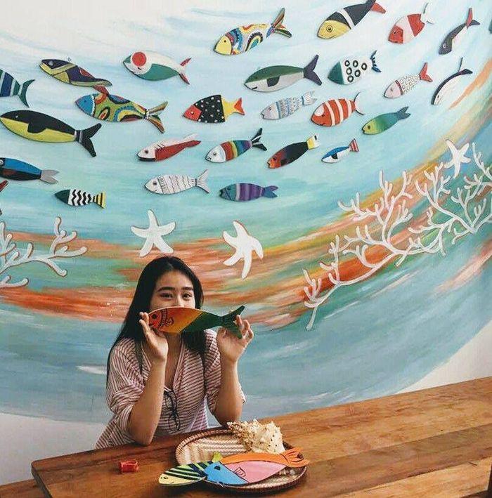 song-ao-vitamin-sea-hostel-nha-trang