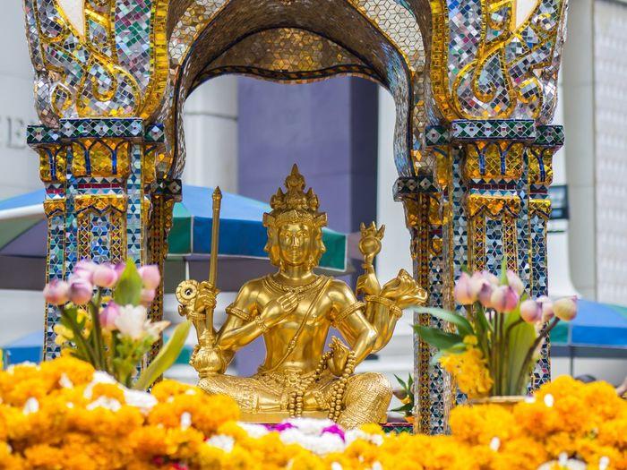 Sự tích Phật Bốn Mặt Thái Lan