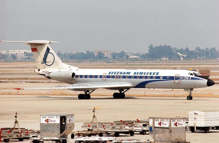 Câu chuyện máy bay 815 rơi
