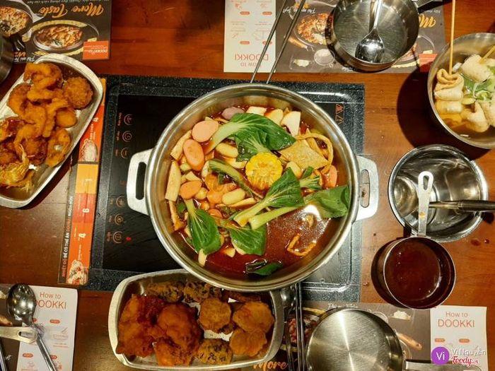 Thưởng thức các món ăn đúng chuẩn Hàn Quốc tại Dookki