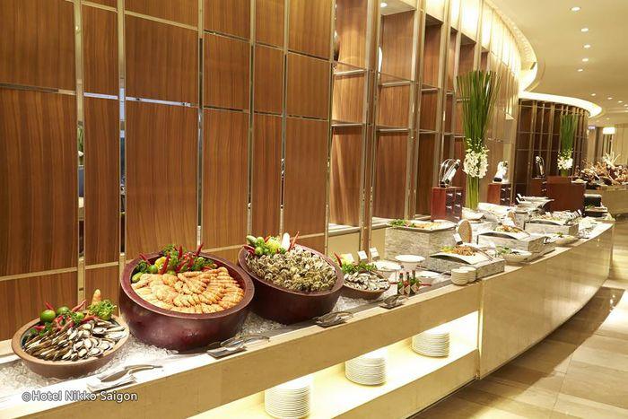 la-brasserie-hotel-nikko-saigon