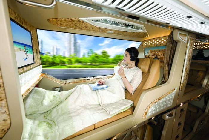 long-van-xe-limousine-di-da-lat-tour-le-30-4