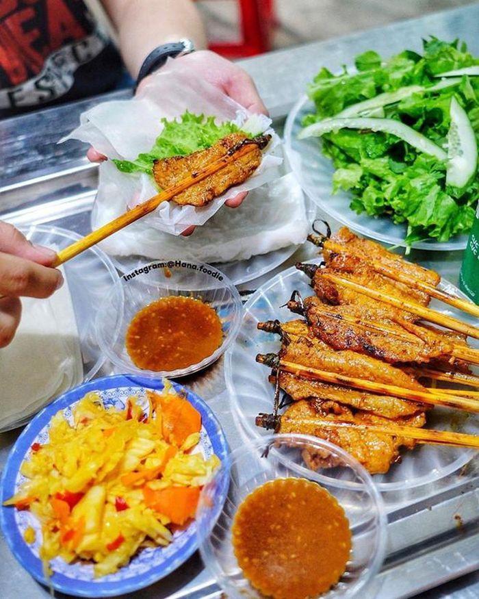 banh-cuon-thit-nuong-hoi-an