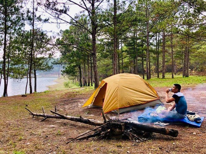 Cắm trại bên hồ Tuyền Lâm Đà Lạt