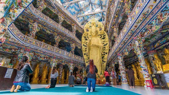 Kiến trúc độc đáo của chùa Linh Phước