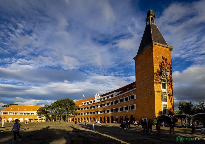 Trường Cao Đẳng Sư Phạm Đà Lạt với kiến trúc đẹp mắt