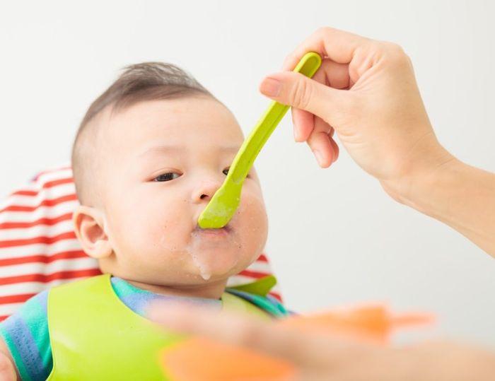 Kinh nghiệm cho bé đi Đà Lạt nên mang theo đồ ăn nhẹ