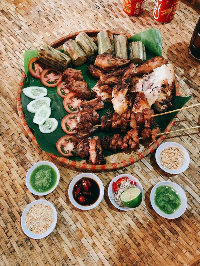 Gà nướng cơm lam, đặc sản Đà Lạt