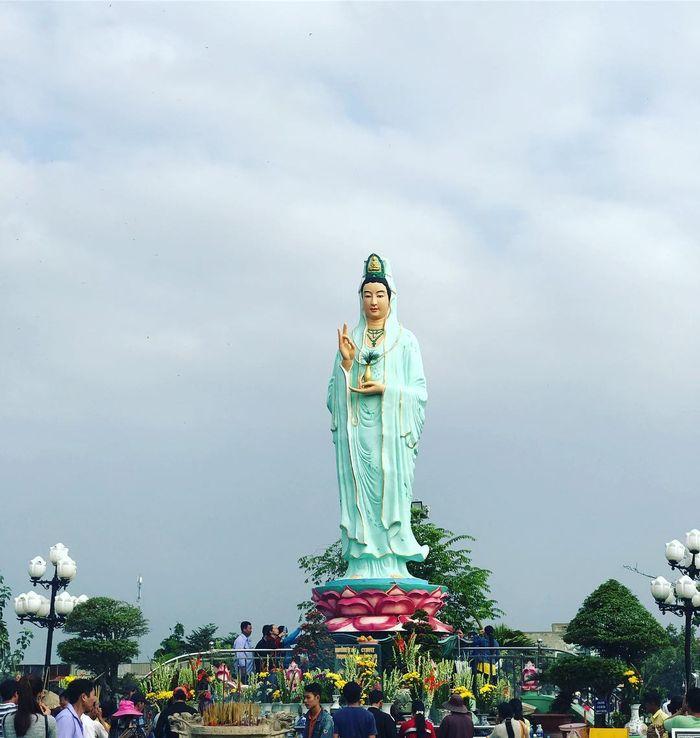 Tưởng Phật Bà Nam Hải nổi tiếng