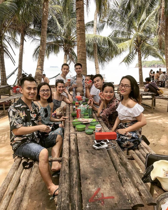 picnic-hon-may-rut