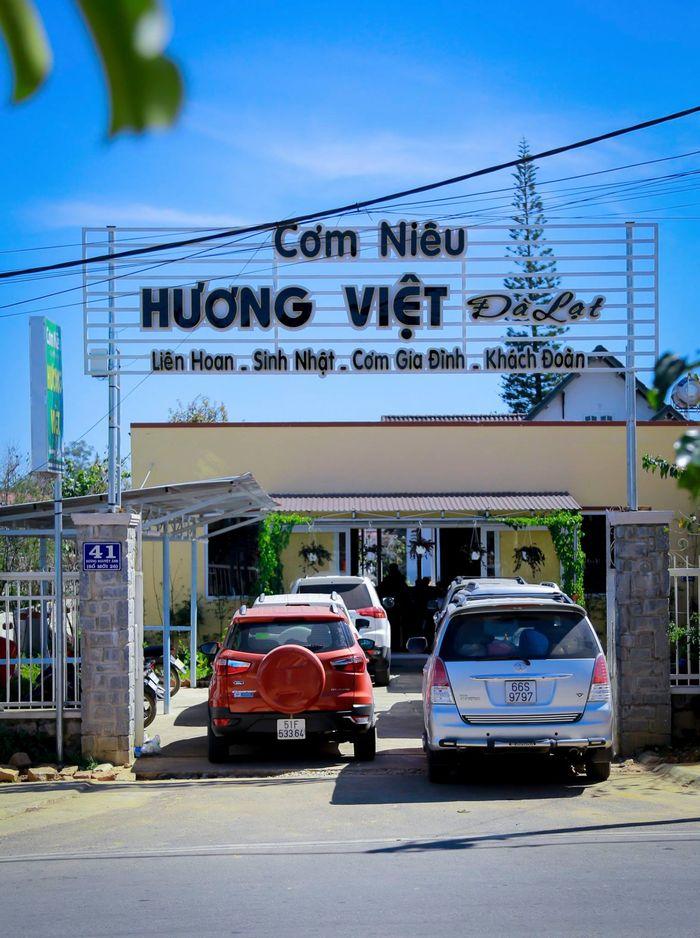Cơm niêu Hương Việt nổi tiếng Đà Lạt