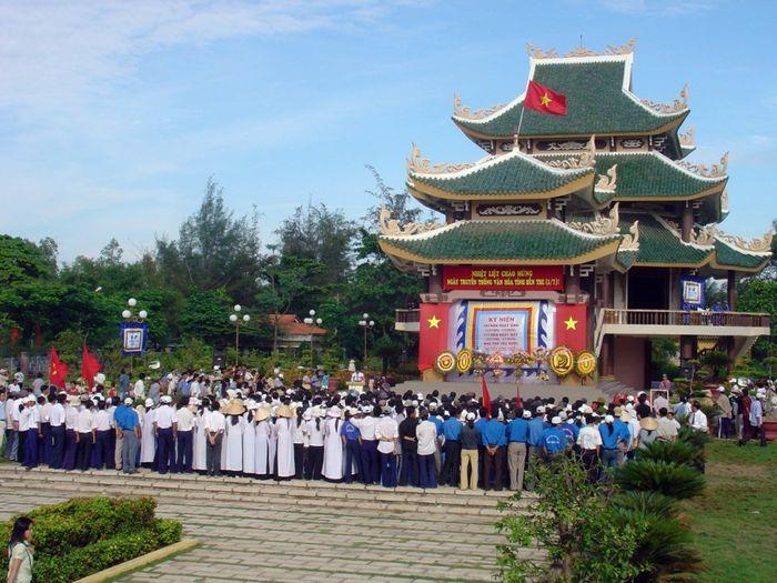 Khu lăng mộ Nguyễn Đình Chiểu ở Bến Tre