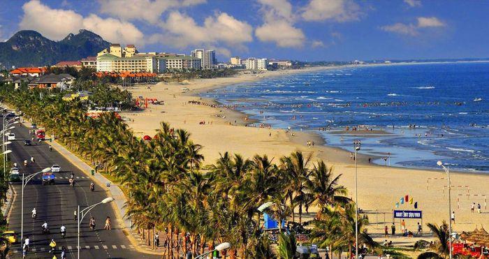 Bãi biển Mỹ Khê Đà Nẵng tuyệt đẹp
