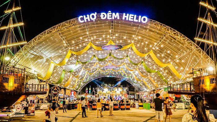 Chợ đêm Helio Đà Nẵng nhộn nhịp, đông vui