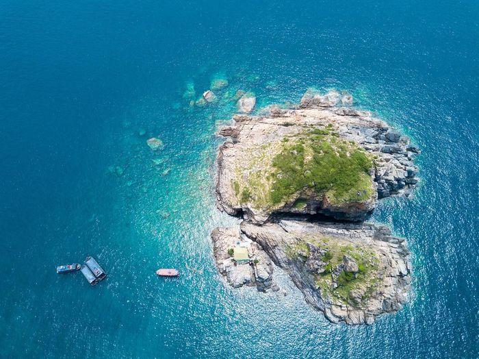 Biển Hòn Mun trong xanh, xinh đẹp ở Nha Trang
