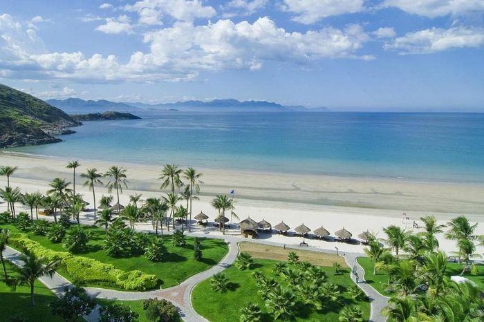 Bãi tắm Non Nước đầy thơ mộng ở Đà Nẵng