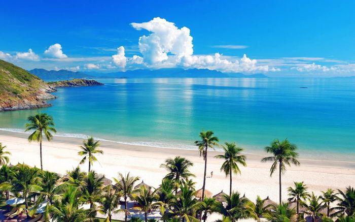 Du lịch Nha Trang tháng 6 ngắm cảnh biển Nha Trang xanh trong, quyến rũ