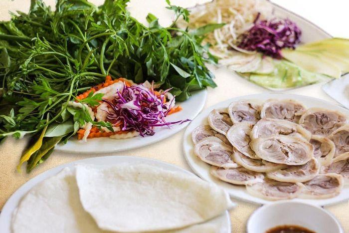 Đặc sản bánh tráng phơi sương Trảng Bàng Tây Ninh